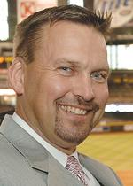 Diamondbacks replacing Sutton, Grace in TV booth