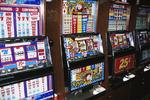 Navajo casino threatened by smoking ban