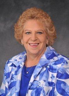 Barbara Nieves