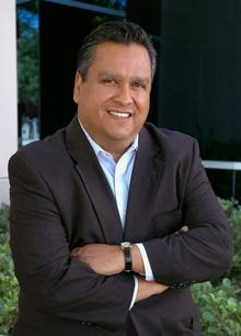 Dr. Chris Bustamante