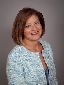 Dr. Lisa Stearns