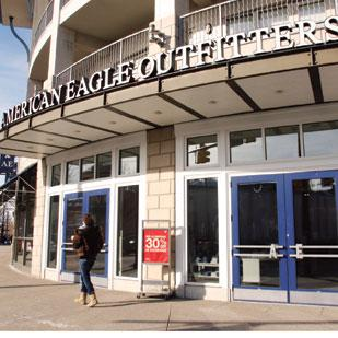 American Eagle Outfitters (NYSE: AEO) said that it had strong sales during the Thanksgiving weekend, the kickoff of the holiday shopping season.