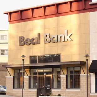 Exterior of Beal Bank, located on Washington Road in Bethel Park.