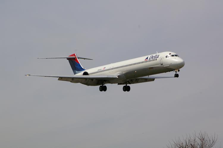 A Delta Air Lines MD-88 lands at New York's LaGuardia International Airport. Delta (NYSE: DAL) is expanding service between New York City and Pittsburgh beginning Wednesday with its Delta Connection partners flying CRJ-700 regional jets.