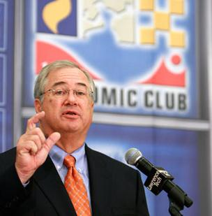 Jim Rohr, chairman and CEO of PNC Financial Services Group Inc. (NYSE: PNC), in a 2009 file photo.