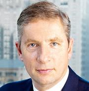 Klaus Kleinfeld, Alcoa Inc. (NYSE: AA), $11.7 million in total compensation, down 7 percent from a year ago.