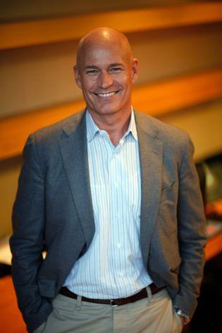 Robert Hanson of Levi's will lead American Eagle Outfitters beginning in January 2012.