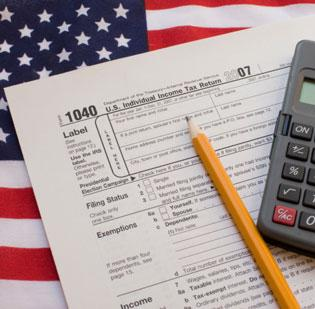 The IRS said Tuesday that it would delay the start of filing season from Jan. 22 to Jan. 30 -- but the April 15 deadline remains the same.