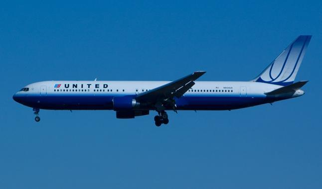 United Airlines plans to install satellite wifi capability in 300 of its planes.