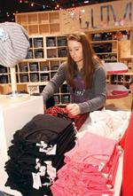 American Eagle has good start to holiday
