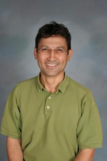 Dr. Ahmet Toparli
