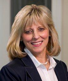 Maggie Schmotzer