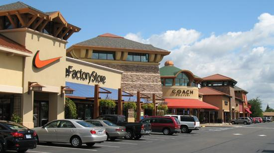 Woodburn Company Stores is 100 percent leased for the holiday season.