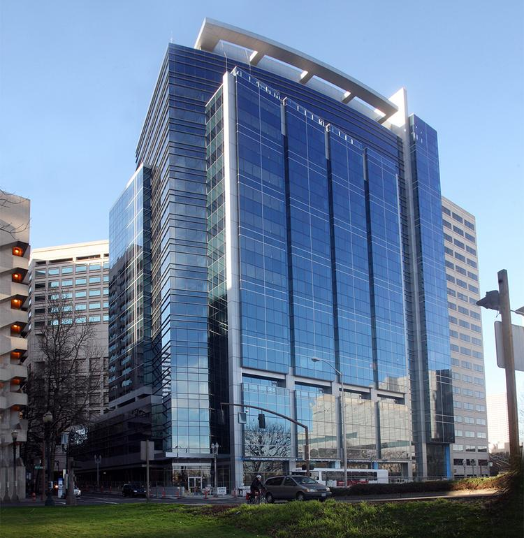 Urban Works Real Estate reports 2nd & Madison Dental has leased the remaining retail space in the First & Main building.