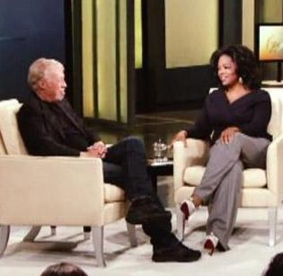 Phil Knight gave away 400 pairs of Nike shoes during his appearance on the Oprah Winfrey Show.