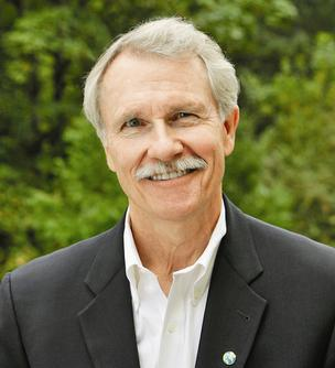 Gov. John Kitzhaber signed a bill Tuesday that approves Oregon's $450 million contribution to the Columbia River Crossing.