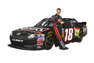 Former NASCAR champ Matt Kenseth will drive a Toyota sponsored by Beaverton-based Reser's Fine Foods for five races in the NASCAR Nationwide Series beginning in March.