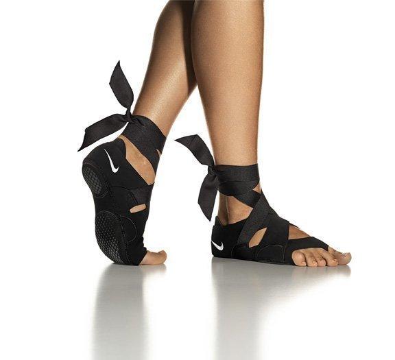 a04a09bfa50132 Nike Inc. s new Nike Studio Wrap is designed for women who favor studio