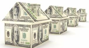 Applications to refinance an existing mortgage jumped to the highest level in three years last week, according to the Mortgage Bankers Association.