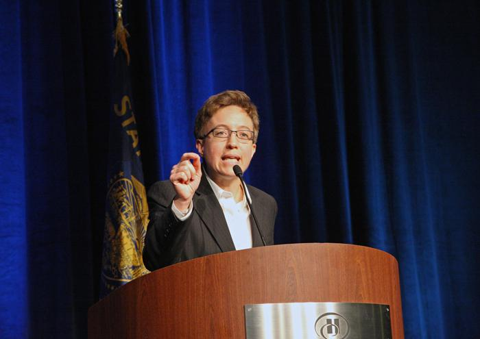 Rep. Tina Kotek, the presumptive next Oregon Speaker of the House, backs current funding plans for a new Columbia River Crossing.