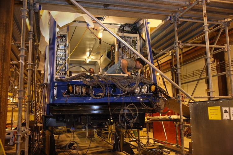 Oregon Iron Works subsidiary United Streetcar will build two streetcars for a new line in Washington, D.C.