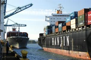 A Hanjin vessel will return to Portland Saturday for the first time in more than a month.