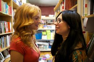 Portlandia actors Heather Graham and Carrie Brownstein