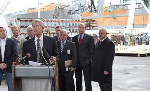 Kitzhaber touts industrial development