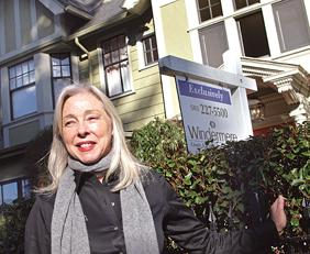 Libby Benz seeks a buyer for a West Hills home.