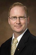 UC Davis hires dean of veterinary medicine