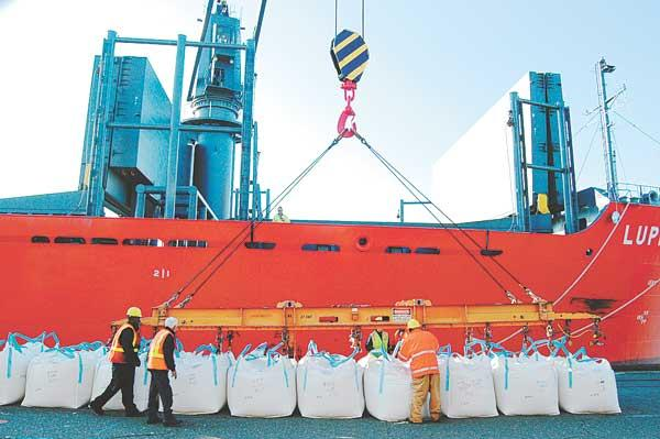 A rice shipment is loaded at the Port of West Sacramento. November marked the 25th straight month in which California's merchandise export trade increased on a year-over-year basis.