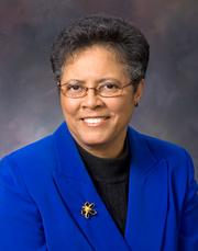 Los Rios Community College District has chosen a new president for Folsom Lake College. Founding president Thelma Scott-Skillman, who announced she was retiring in November, will be replaced by Rachel Rosenthal..