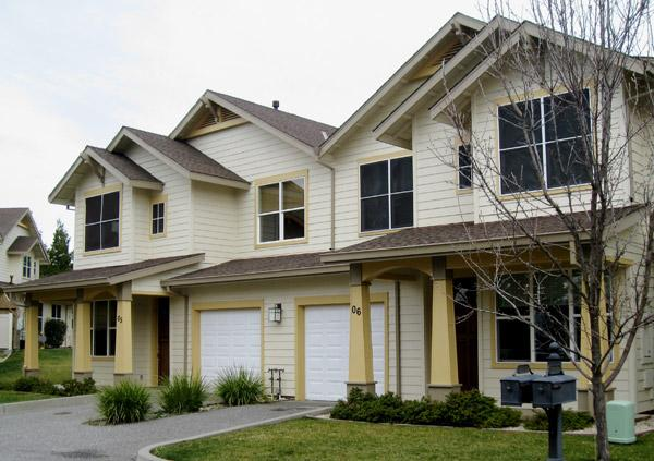 Properties in Auburn don't come up for sale very often. Atwood Village in Auburn only has 16 apartments, but it sold for an impressive $150,000 per unit, or $2.4 million, in a recent transaction between groups of private investors.