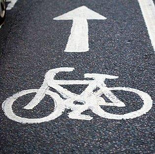 Palo Alto's new transportation plan is looking toemphasizebiking and public transportation.