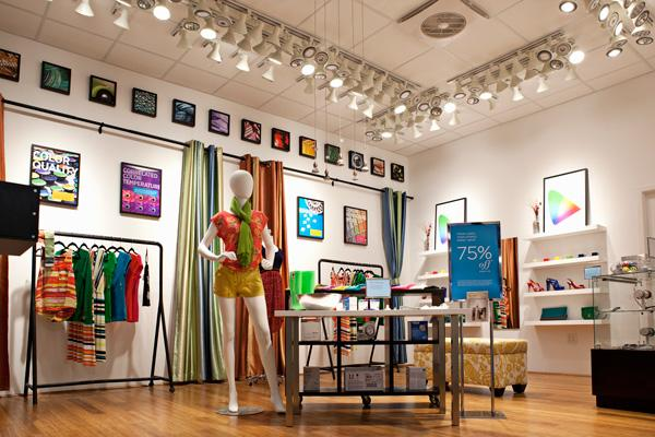 A clothing boutique has been mocked up at the California Lighting Technology Center to demonstrate energy-saving LED lights for owners of small and midsize businesses. Unlike large corporations that have teams of people creating their own mock-up stores, smaller businesses can't easily study lighting types.
