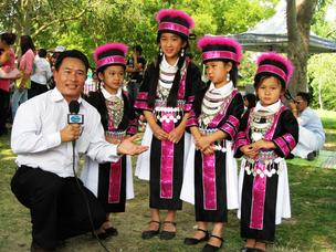 Crossing TV Ted Vang interviews Hmong dancers