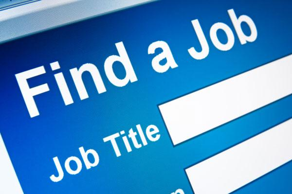 Sacramento online job postings declined by 600 positions in April, though the region is still up 3,300 jobs from the same time last year. There were a total of 25,600 online job openings for the region in April.