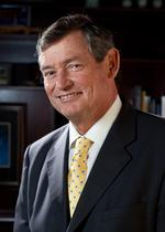 CSU chancellor talks tuition, cuts