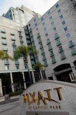 Union fires up old boycott of Hyatt Regency