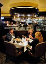 Hotels strive to win restaurant customers