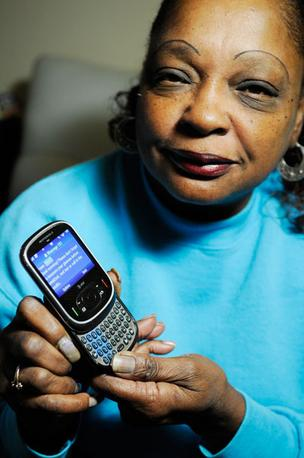 At 7:30 a.m., Evelyn Lyons gets a text message reminding her to check her blood sugar and take her diabetes medication.