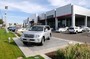 Maita Automotive Group moved its Toyota dealership to Auburn Boulevard in 1990.