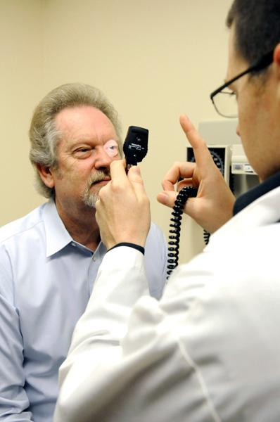 Mercy Medical Group family-practice doctor Gregory Spears examines patient Dennis Owen in Folsom.