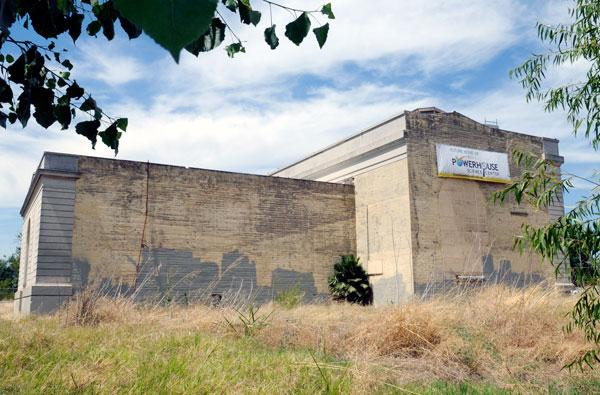A former PG&E structure near the Sacramento River north of downtown is scheduled to be converted into a new home for the Discovery Museum Science & Space Center.
