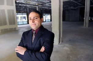 Paul Heer plans to bring the General Store back downtown, this time in a space at the Bank of the West Tower at 500 Capitol Mall. Now office workers in the area will again have what Heer describes as a high-end place to grab their convenience store needs.