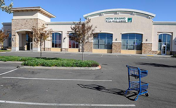 Borders once occupied this now-vacant space in the Park Place II shopping center in Natomas. Investors who bought the shopping center in with an unusual interest-only loan during the market peak will likely lose it to foreclosure, according to real estate data and professionals.