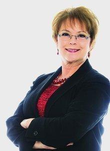 Lynne Costa