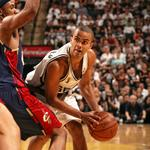 Parker, <strong>Wade</strong> earn NBA honor prior to Spurs-Heat rematch