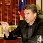 Gov. Perry signs 'cut, cap and balance' pledge