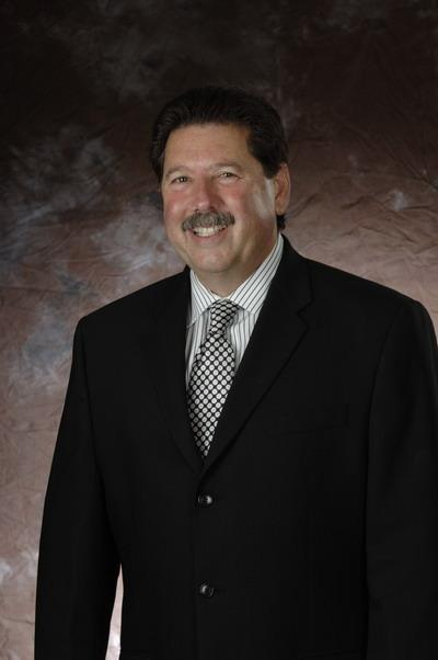 Former Spurs executive Russ Bookbinder will be the new president of San Antonio Sports in 2013.